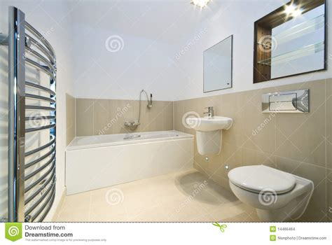 badezimmer fliesen 30x60 modern bathroom with beige tiled walls stock images