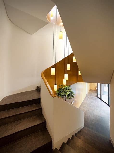treppenhaus pendelleuchte beleuchtung f 252 r zuhause 85 beleuchtungsideen und tipps