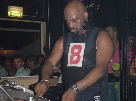 frankie knuckles house music frankie knuckles the godfather of house music internet of music com