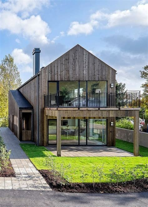 modern barn house 25 best ideas about modern barn house on pinterest barn