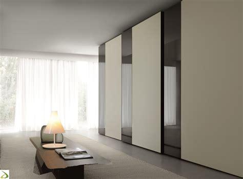 armadio da letto ante scorrevoli armadio moderno ante scorrevoli mixado arredo design