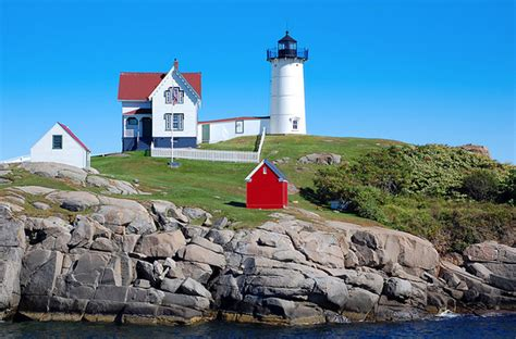 cat island not showing lighthouse that was built in 1831 10 of the most beautiful lighthouses in the world