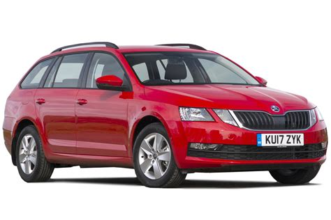 skoda ocavia skoda octavia estate review 2017 carbuyer