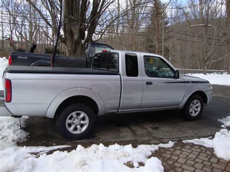 Buy Used 2002 Nissan Frontier Xe Extended Cab Pickup 2