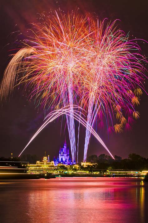 awesometacular fireworks  disney tourist blog
