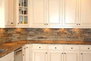Cheap Wallpaper Backsplash An Inexpensive Rustic Backsplash Natural Stone Hmmm Backsplash