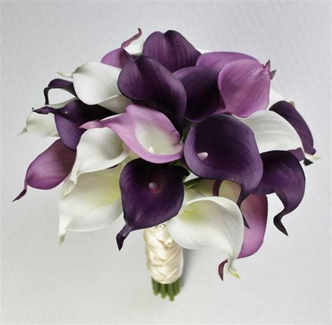 Wedding Bouquet With Calla Lilies by Purple Calla Bouquet Www Pixshark Images