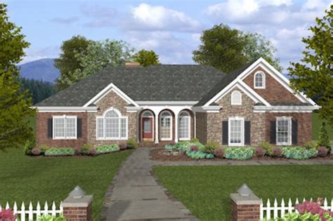 Ranch Style House Plan   4 Beds 3.5 Baths 2000 Sq/Ft Plan