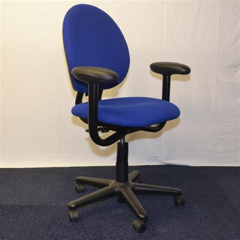 Steelcase Criterion Chair by Steelcase Criterion Task Chair