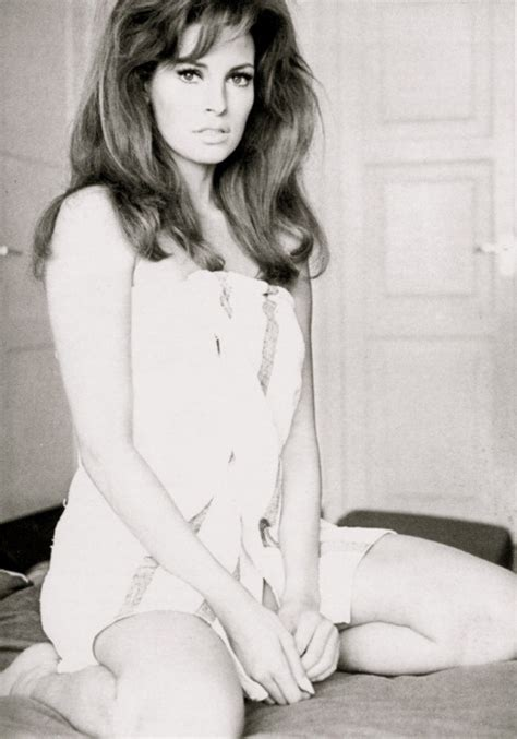 raquel welch poncho 113 best images about raquel welch on pinterest icons