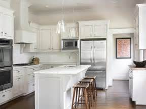 Shaker Kitchen Island White Shaker Kitchen Cabinets Design Ideas