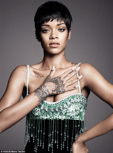 rihanna reveals she doesn t wear a bra when she has a