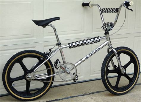 hutch bmx music search engine at search com