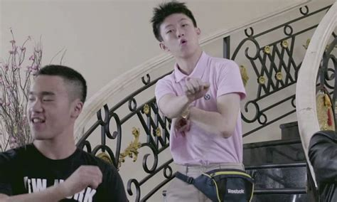 Chigga Walking The so i left my car in my pocket