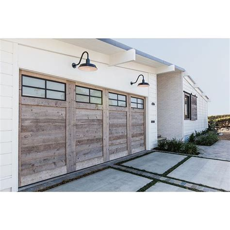 garage style homes best 25 garage doors ideas only on garage