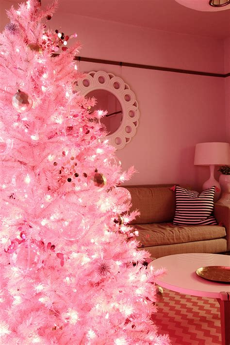 pink christmas making it lovely