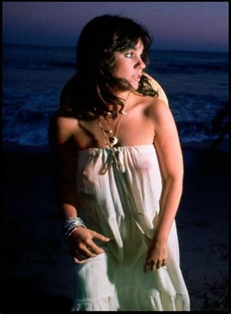 Linda Ronstadt Nude Hot Girls Wallpaper