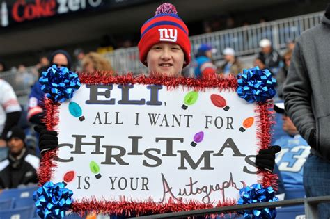 gifts for new york giants fans new york giants holiday gift guide top 15 gifts for every fan