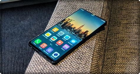 Samsung Galaxy S10 Us Cellular by Samsung Galaxy S10 And Lg G8 Might Not A Notch At All