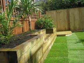 i like this raised bed with the built in bench