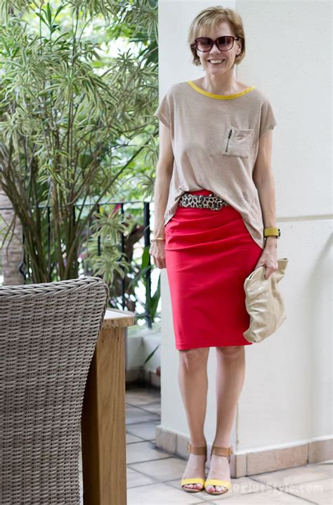 How To Dress Like A Modern Day Bombshell by Tight Skirt And Wide Top Creating A Casual Formal Look