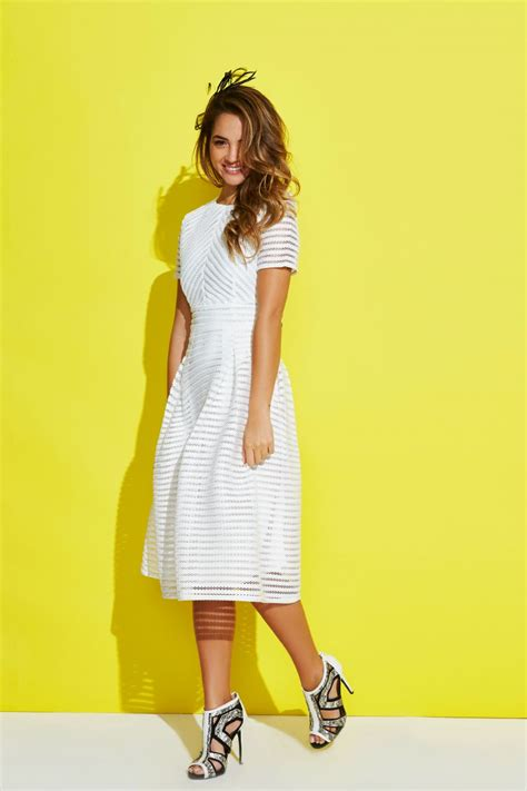 Dress Zaira Set to the races with boohoo