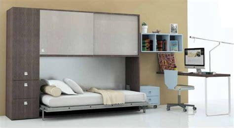 letto sopra armadio letto a scomparsa singolo con armadio sopra