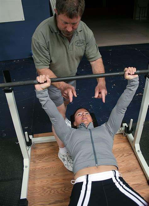 mark rippetoe bench press the rockzone 12 01 16 bench press back extensions and