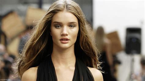rosie huntington whiteley biography news photos and rosie huntington whiteley profile biography pictures news