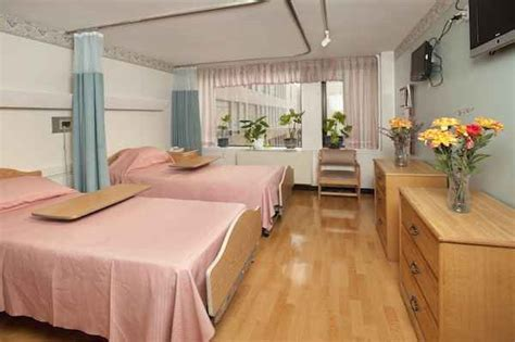 Rehab Detox Centers For Senior In New York City by Schnurmacher Center For Rehab And Nursing In White Plains