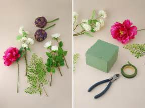 how to make flower arrangements diy flower arranging basic flower arrangements