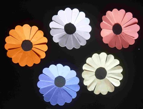 How To Make Paper Daisies - simpleliving paper daisies