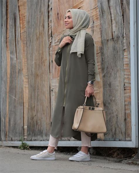 Simple Long Dress Hijab