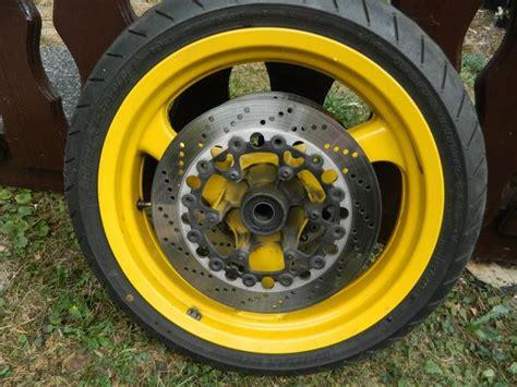 bmw  gelbe vorder uhinterradfelge kombiinstrument abs