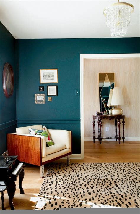 paint your room how to use bold paint colors in your living room
