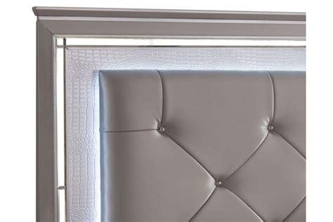 madi panel bedroom set nailhead button tufted silver silver tufted bed silvert silver finish bedroom furniture