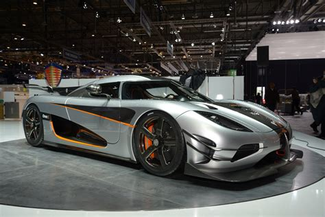 car koenigsegg one 1 koenigsegg one 1 pictures auto express