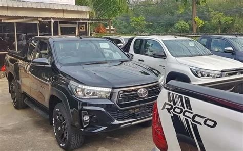 cheapest toyota model toyota revo exporters 4x4 hilux for sale