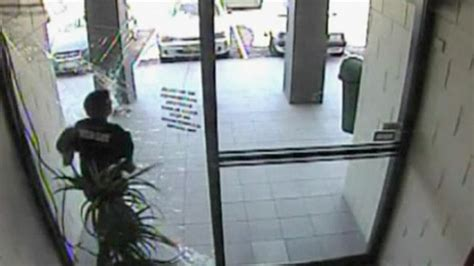 Thief Runs Into Glass Door And Knocks Himself Out Judo Running Into Glass Door