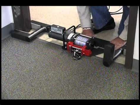 CARPET BADGER   Glue down carpet puller take up machine