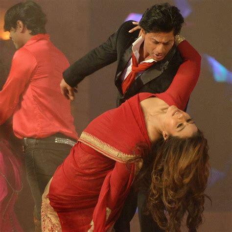 Senar Magic Extraline Akm stardust awards 2015 shah rukh khan and kajol recreate dilwale magic on stage