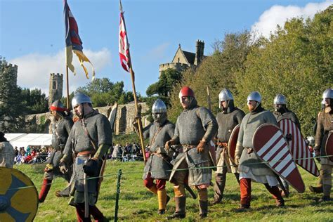 Battle of Hastings 2014 Re enactment in Pictures: Sun