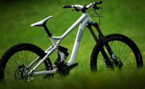 commencal supreme 8 preview