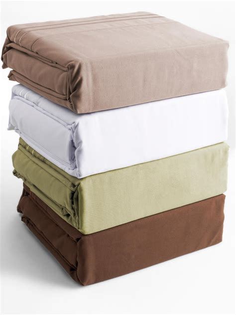 bed sheets material and thread count a guide to understand the thread count before you buy a