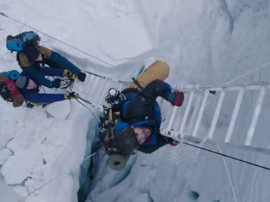 everest film hindi everest review this visually breath taking film will make