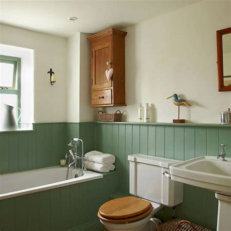 Traditional Bathroom Ideas Photo Gallery 53 Best Images About Bathroom On Pinterest Vintage Bathrooms Vanity Units And Tongue And Groove