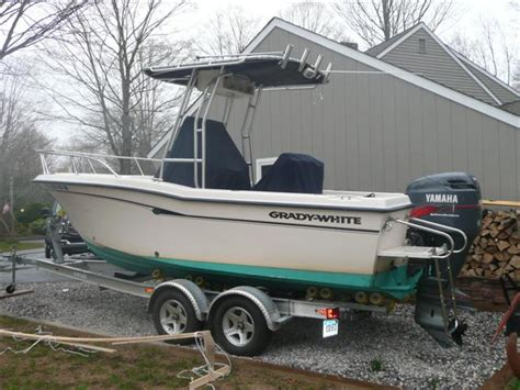 how many hours does a boat engine last 2001 grady white 209 escape the hull truth boating and