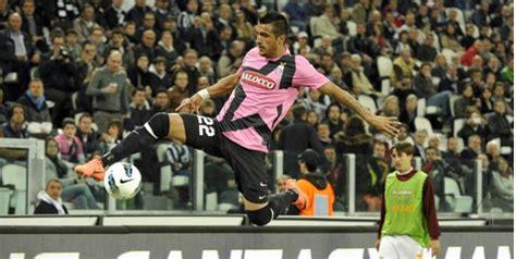 Sale Minifigure Kodoto Pemain Bola Juventus juve tolak tawaran madrid untuk vidal artikel kini