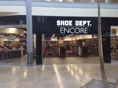 remodeled shoe store opens at white marsh mall perry