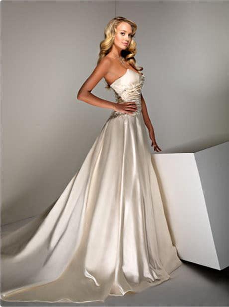 Dress Natal Cherry silk wedding gowns